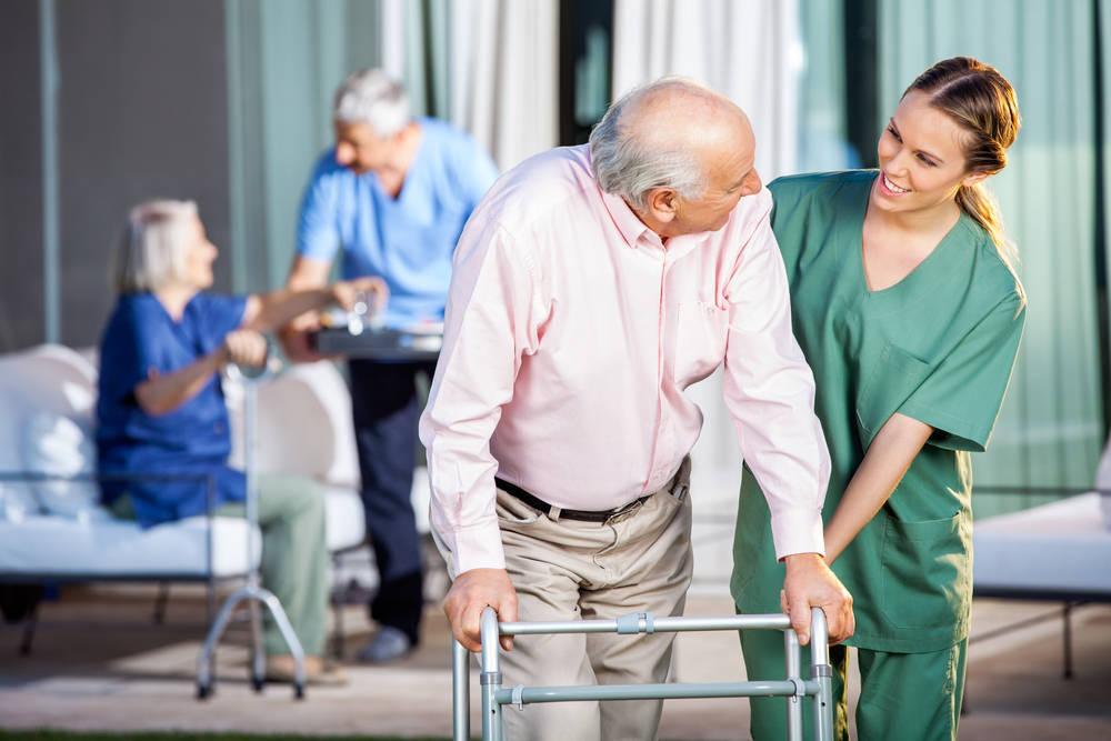 Consejos para elegir residencia para personas mayores