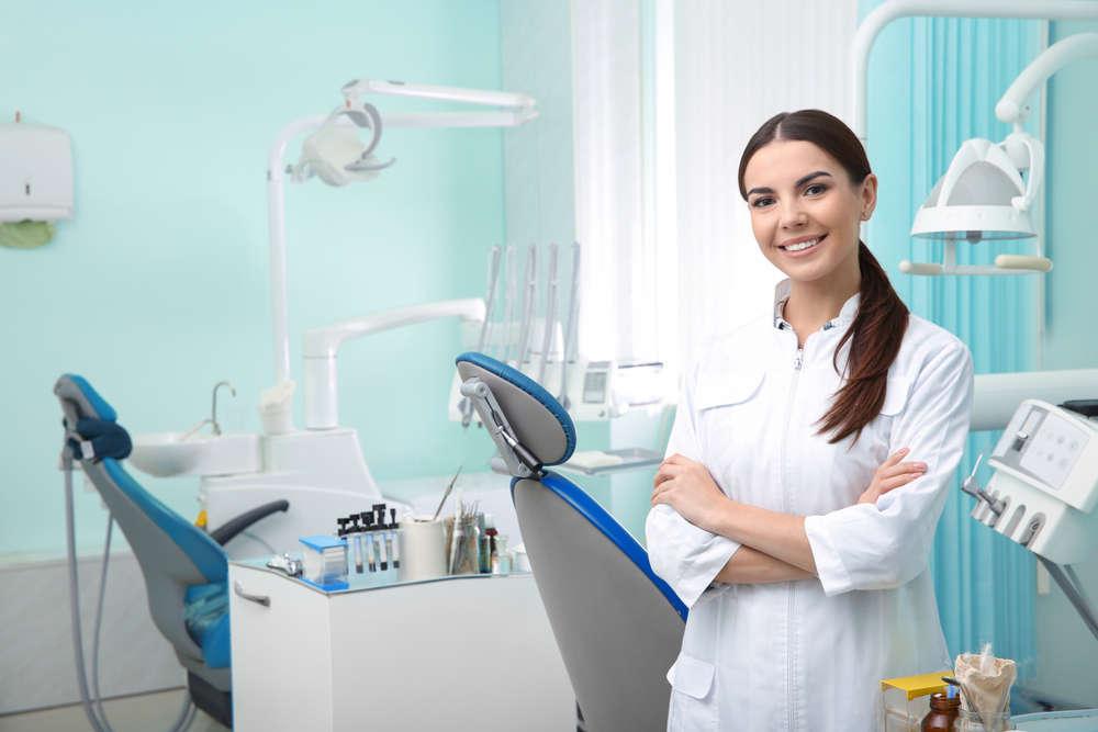 Abrir una clínica dental en España