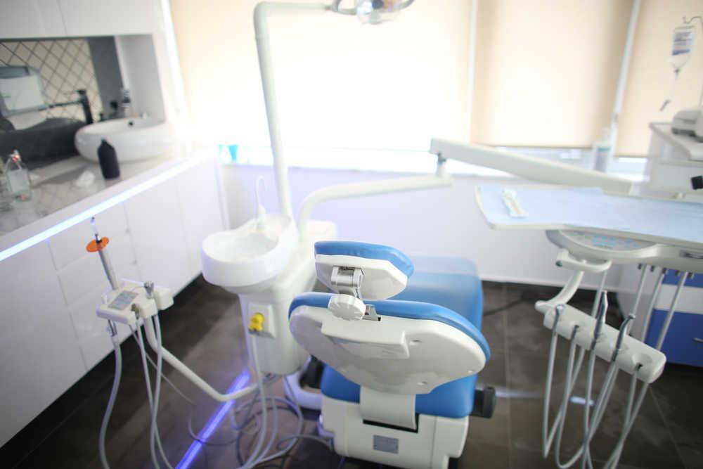 ¿Qué debe tener una clínica dental actual?